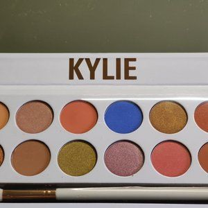 Kylie Cosmetics Royal Peach Palette New